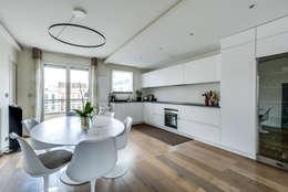 Levallois 110m2: Salle à manger de style de style Moderne par blackStones