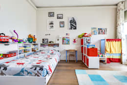 Levallois 110m2: Chambre d'enfant de style de style Moderne par blackStones