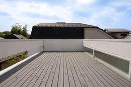 Terrazas de estilo  por 株式会社 アーキショップ 一級建築士事務所