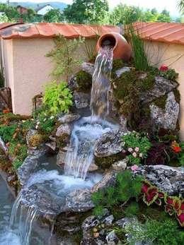 Jardines de estilo moderno por GREENLİNE PEYZAJ