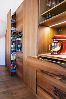 modern Kitchen by SARL Felix Hegenbart