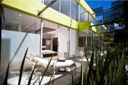 TREVOX: Terrazas de estilo  por Craft Arquitectos