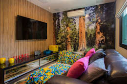 Salas multimedia de estilo topical por Marcos Contrera Arquitetura & Interiores