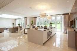modern Kitchen by Pygmalion Interiors