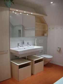 moderne Badkamer door 5 Architekten AG