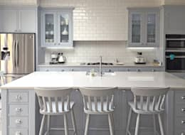 classic Kitchen by Simon Benjamin Furniture
