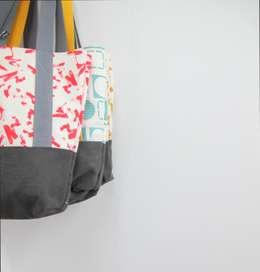 Projekty,  Gospodarstwo domowe zaprojektowane przez Anna Bird Textiles