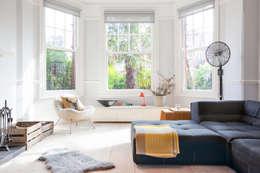 Salon de style de style Scandinave par deDraft Ltd