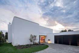 modern Houses by Schiller Architektur BDA