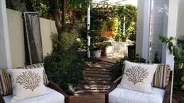 Jardin de style de style Moderne par Kali Arquitetura
