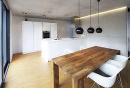 Кухни в . Автор – Schiller Architektur BDA