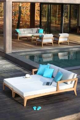 Balcones y terrazas de estilo moderno por Royal Botania