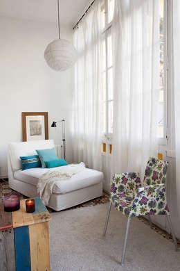 eclectic Living room by Deu i Deu