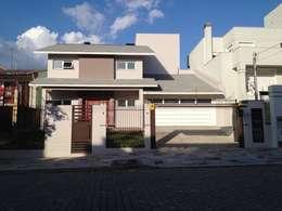 modern Houses by Tuti Arquitetura