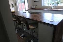 modern Kitchen by Harvey's Select