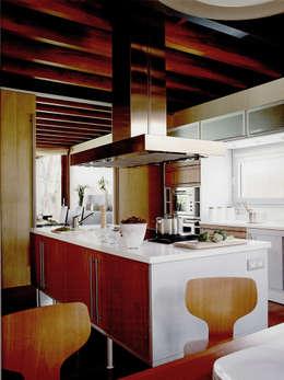 廚房 by Artigas Arquitectes