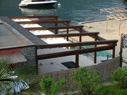 Projekty,  Balkon, weranda i taras zaprojektowane przez Parolini tende