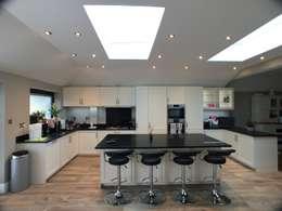 modern Kitchen by Progressive Design London