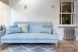 classic Living room by Katie Malik Interiors