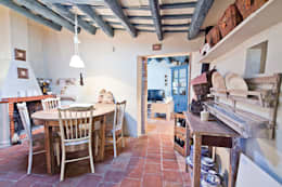 rustic Kitchen by Home Deco Decoración
