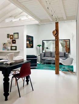 moderne Woonkamer door B-mice Design + Architecture