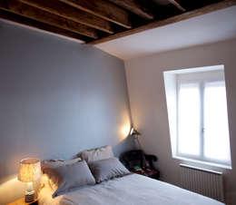 PARIS 11°: Chambre de style de style Minimaliste par RBB architectes
