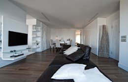 Salas de estar  por Francesca Ignani Interiors