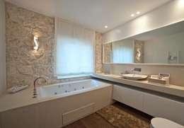 浴室 by Francesca Ignani Interiors
