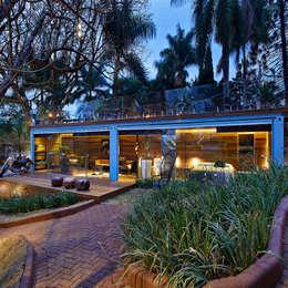 rustic Houses by Cristina Menezes Arquitetura