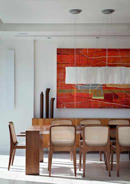 Cobertura Vista, Barra da Tijuca, Rio de Janeiro: Sala de jantar  por Paula Neder Arquitetos Associados / Studio PN