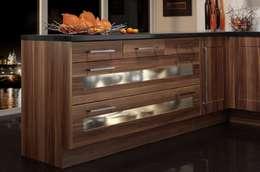 modern Kitchen by Dream Doors Ltd