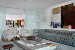 Arquitetura Residencial | Casa de luxo na Barra da Tijuca: Salas de estar modernas por Leila Dionizios Arquitetura e Luminotécnica