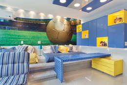 Dormitorios infantiles de estilo moderno por Leila Dionizios Arquitetura e Luminotécnica