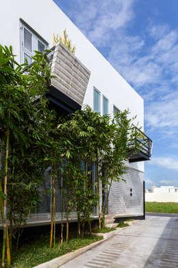 balcones: Terrazas de estilo  por Taller ADC Architecture Office