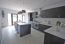 modern Kitchen by KD DESIGNS LTD