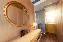 minimalistic Bedroom by arctitudesign