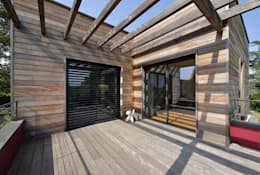 Terras door HELENE LAMBOLEY ARCHITECTE DPLG