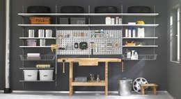 Garage / Hangar de style de style Industriel par Regalraum GmbH
