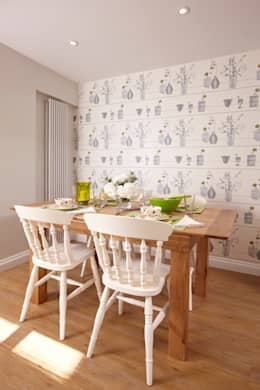 classic Dining room by Etons of Bath