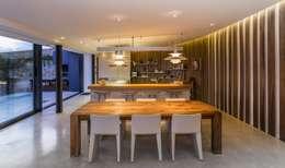 Projekty,  Kuchnia zaprojektowane przez VelezCarrascoArquitecto VCArq