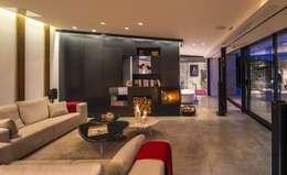 Projekty,  Salon zaprojektowane przez VelezCarrascoArquitecto VCArq