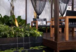 Jardines de estilo moderno por Folha Paisagismo