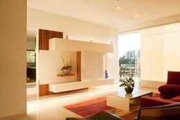 Salas de estilo moderno por Gantous Arquitectos