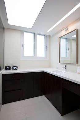 인천 부평 동아2단지 63평형: MID 먹줄의  화장실