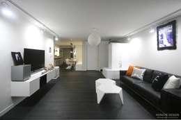 modern Living room by 홍예디자인