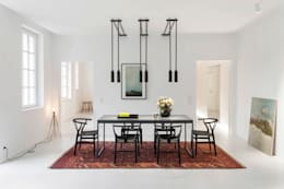 Wohnung MM: minimalistische Esszimmer von BATEK ARCHITECTS / ESTER BRUZKUS ARCHITECTS