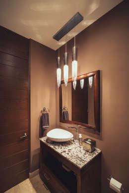 Baños de estilo moderno por Imativa Arquitectos