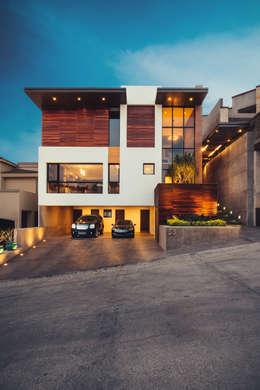 minimalistic Houses by Imativa Arquitectos