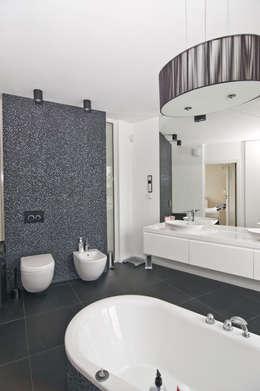 Projekty,  Łazienka zaprojektowane przez NUX Edward Dylawerski