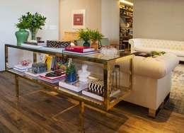 Apartamento Cidade Jardim : Sala de jantar  por Triplex Arquitetura